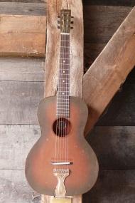 Kay mahonie parlor gitaar